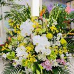 自宅葬にお悔やみの供花をお届けしました。